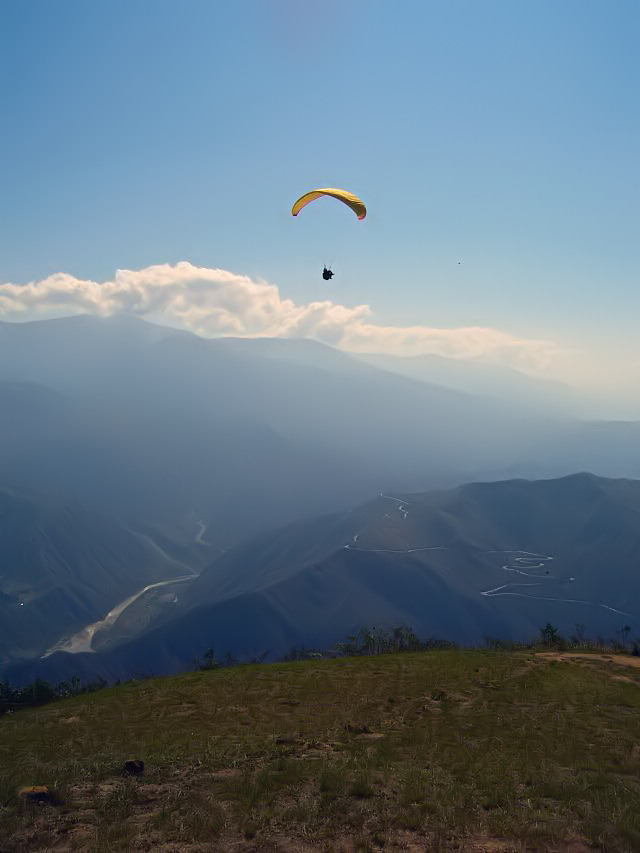 Peter flying over Chicamocha Canyon